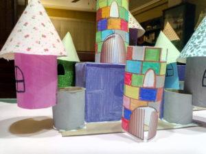 Manualidades: Castillo con rollos de papel higiénico