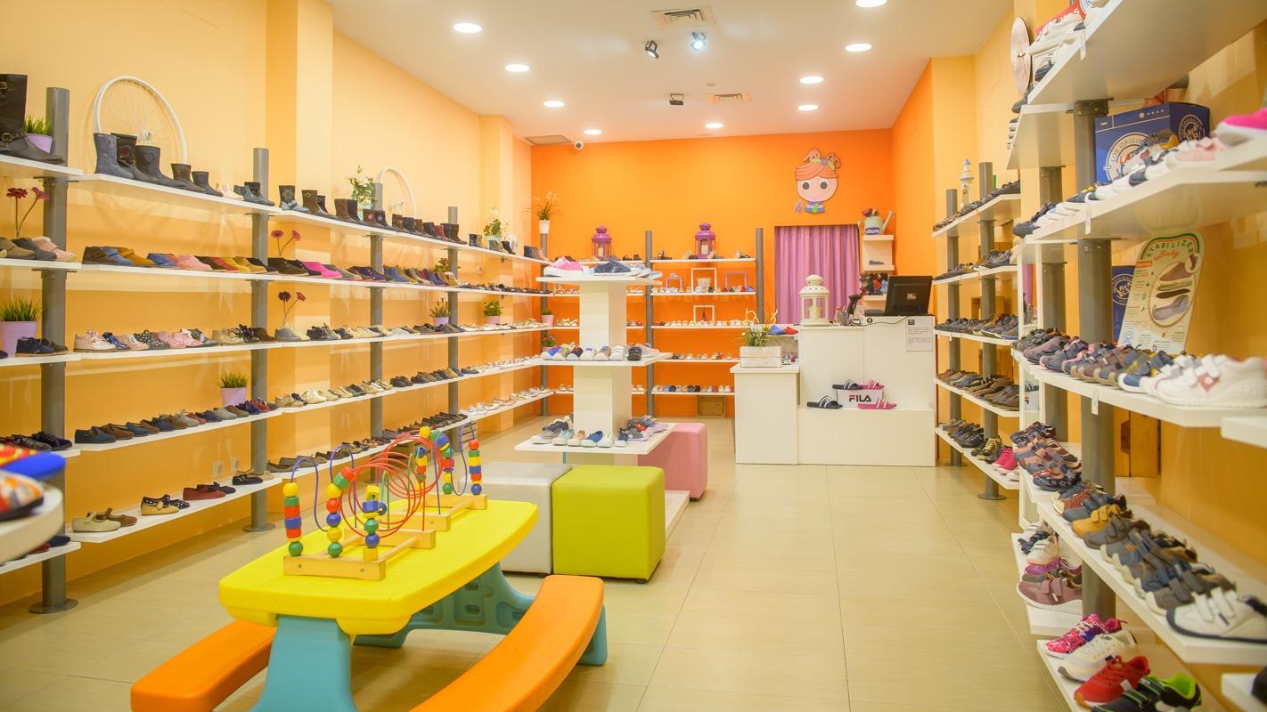 tienda pequita pelirrojas zapateria infantil